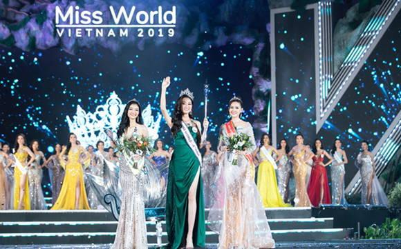 2019年越南世界小姐大賽:梁垂玲佳麗摘下桂冠